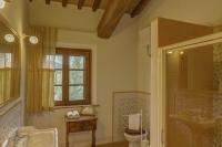 camera di lusso toscana con bagno
